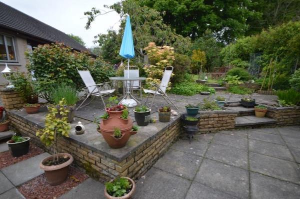 835_garden 1.jpg
