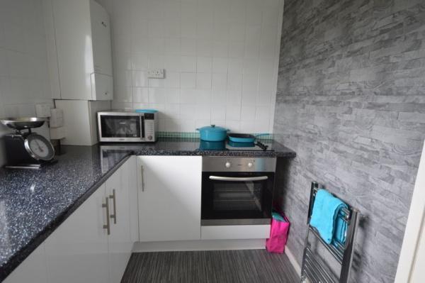 844_Kitchen 3.jpg