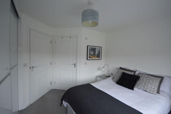 858_Master bedroom.jpg