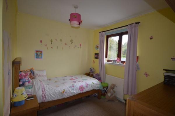 907_Bedroom 3.jpg