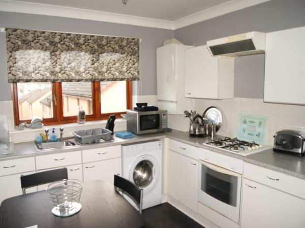 498_Kitchen.jpg
