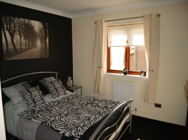 498_Bedroom1.jpg