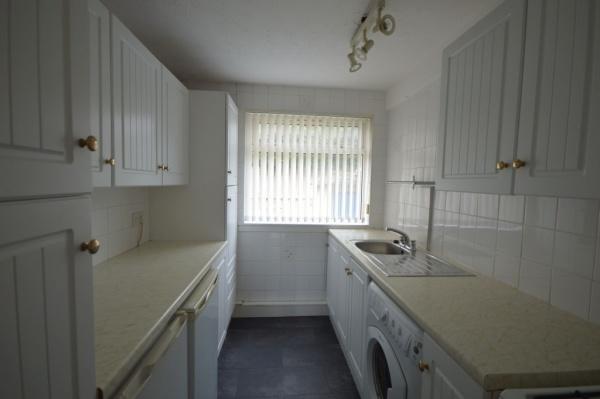 867_Kitchen.jpg