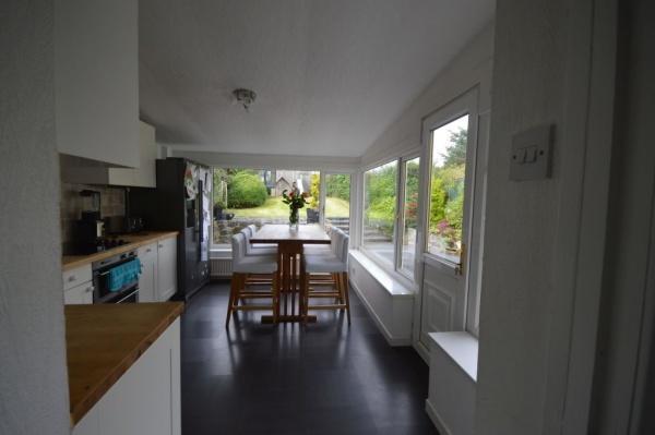 872_Kitchen 3.jpg