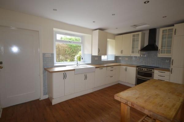 875_Kitchen 3.jpg
