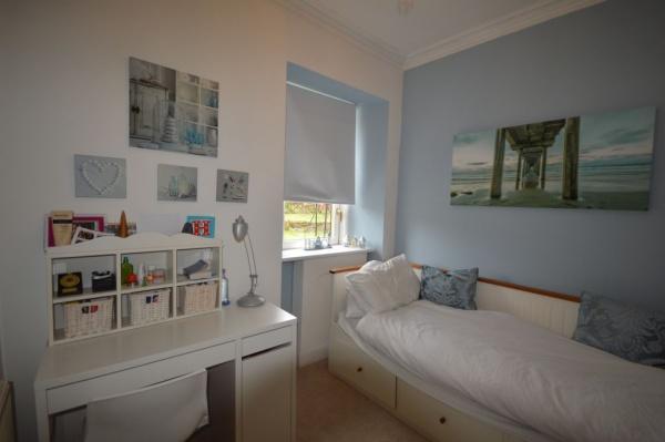 901_Bedroom 4b.jpg
