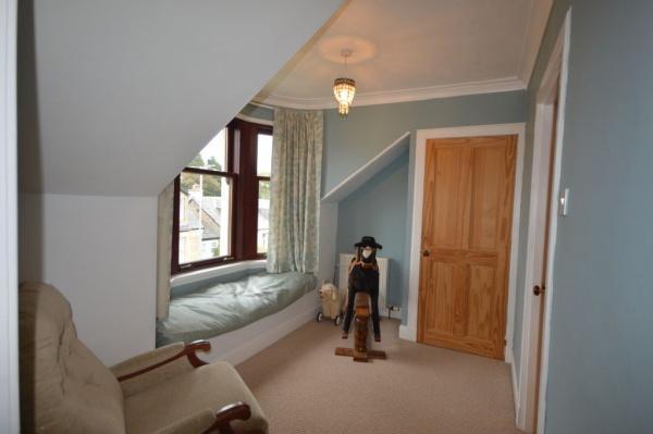 901_Bedroom landing.jpg