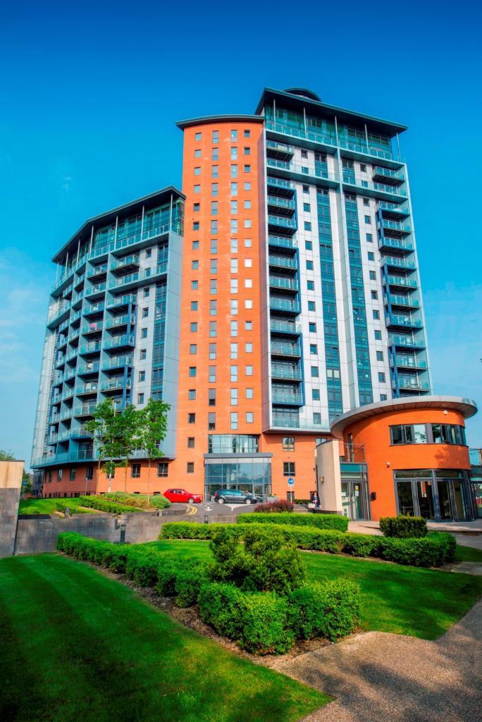 Bedroom Waterside Properties To Rent In Leeds