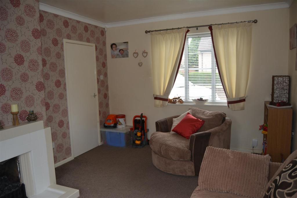 Living Room (2).