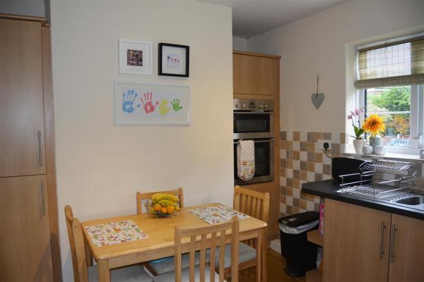 Kitchen (2).