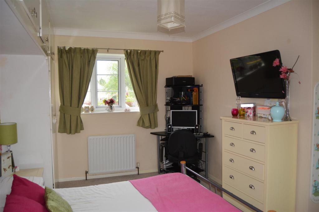Bedroom One (2).