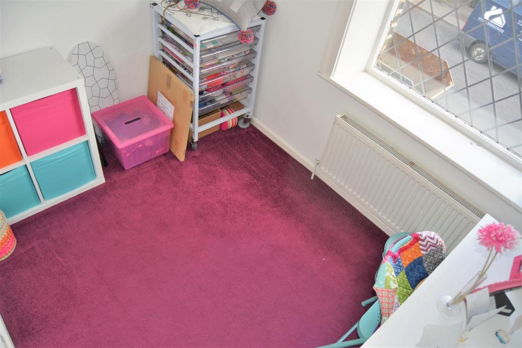 Bedroom 3 (2)