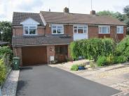4 bedroom semi detached house in Overbrook, Evesham