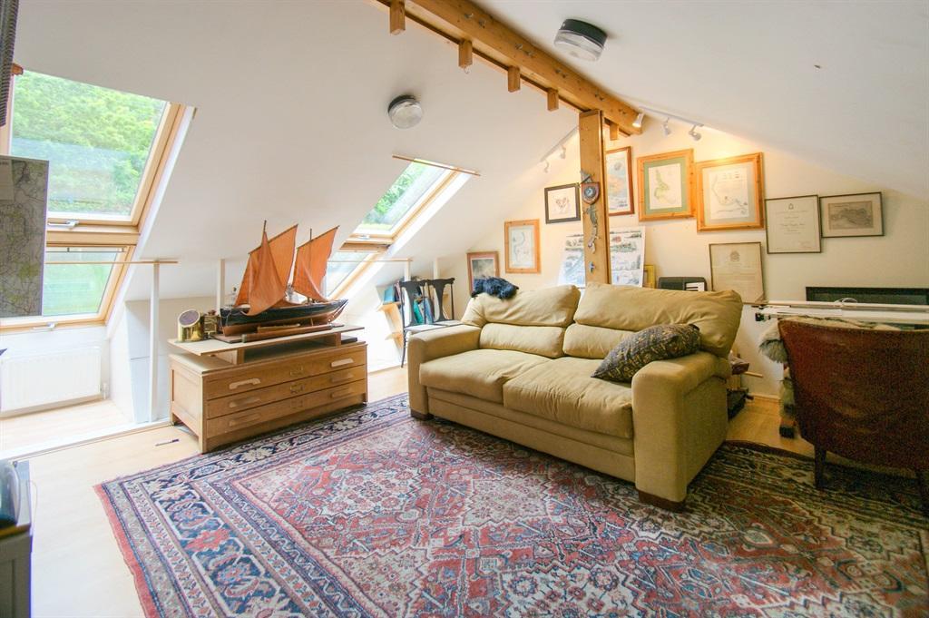 Bedroom 4/studio