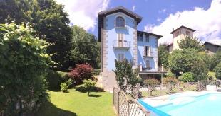 Villa in Piedmont...
