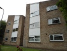 2 bedroom Flat to rent in Woodside Court...