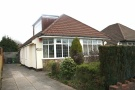 2 bedroom Detached Bungalow in Lon Y Deri, Rhiwbina...
