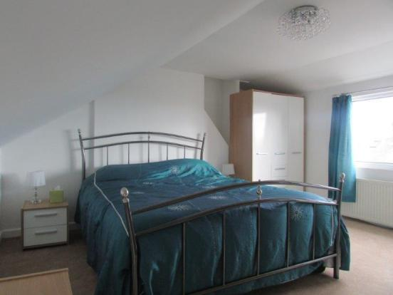 ATTIC ROOM/MASTER BEDROOM