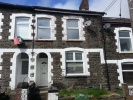 School Street Terraced house to rent
