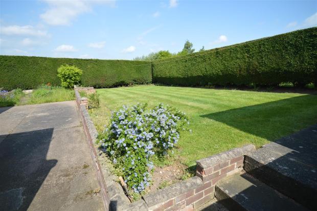 Side / Rear Garden
