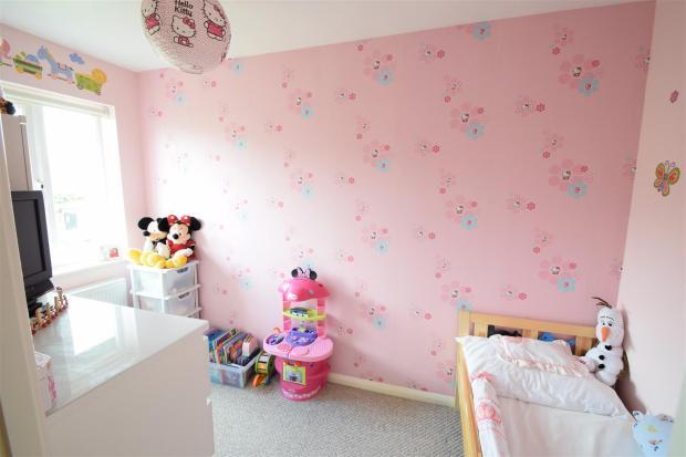 AA Second bedroom.JP