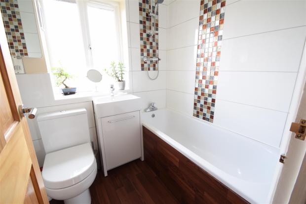 AA Bathroom.JPG