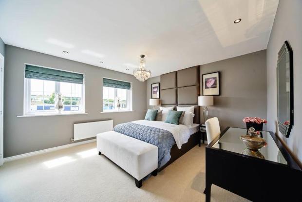 lavenham master bed