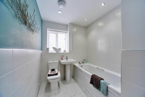 lavenham bathroom.jp