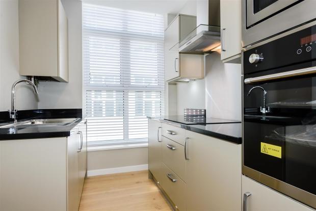 Sample kitchen for s