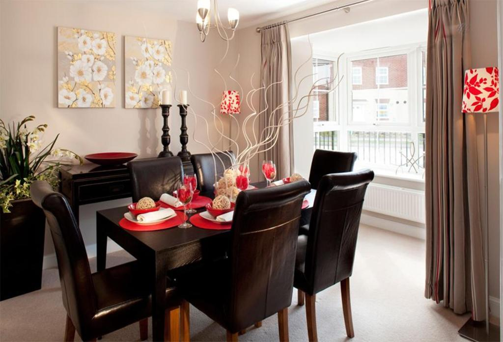 Previous Warwick Show Home Dining Room