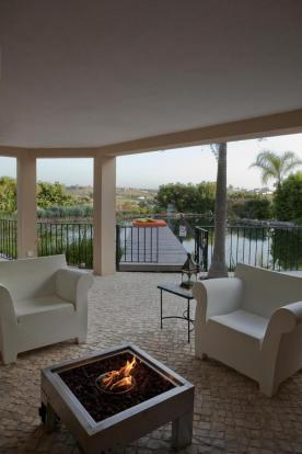 sunken lounge overlooking lake