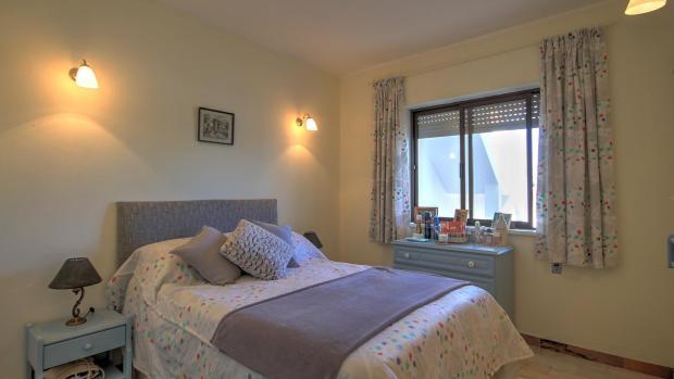 Third bedroom (lower floor)