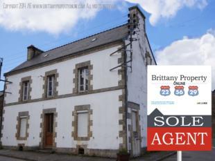 5 bedroom property for sale in Guemene Sur Scorff...