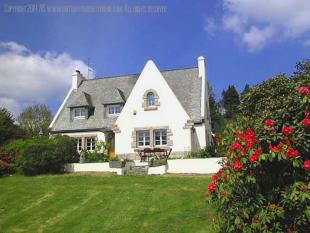5 bed house for sale in Finistere, Bretagne...