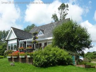 4 bedroom house in St Nicolas Du Pelem...