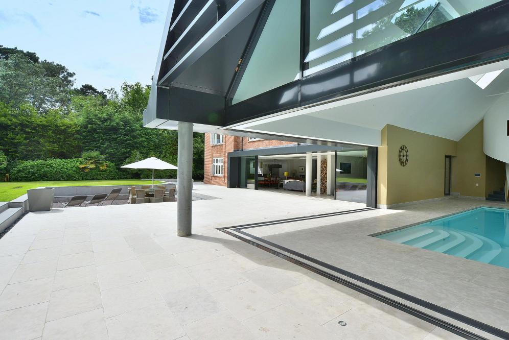 Poole - patio