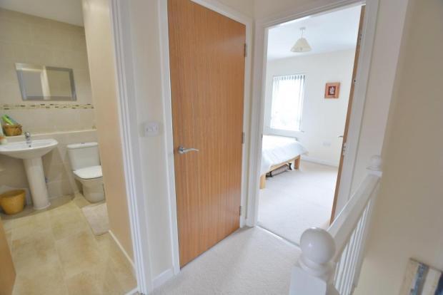 En-suite & master bedroom