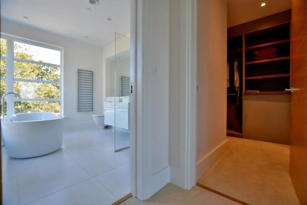 Bathroom & dressing room