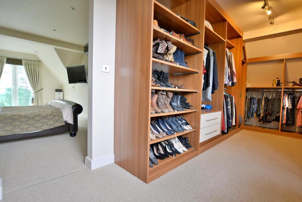 Master dressing room