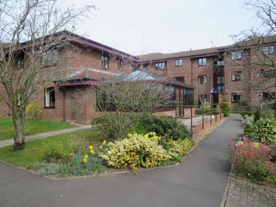 Tiddington Court