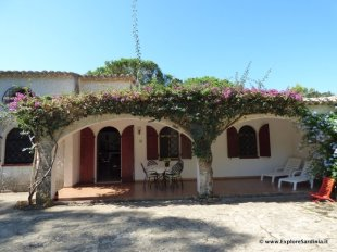4 bedroom Semi-detached Villa in Sardinia, Cagliari...