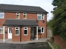 2 bedroom Flat in Yew Tree Lane, Coseley...