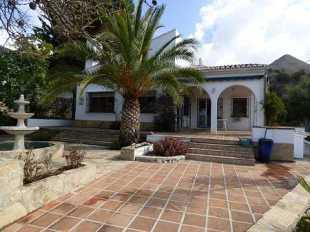 5 bed Villa for sale in Andalucia, Malaga...