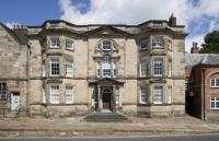 8 bedroom property in Ashbourne, Derbyshire