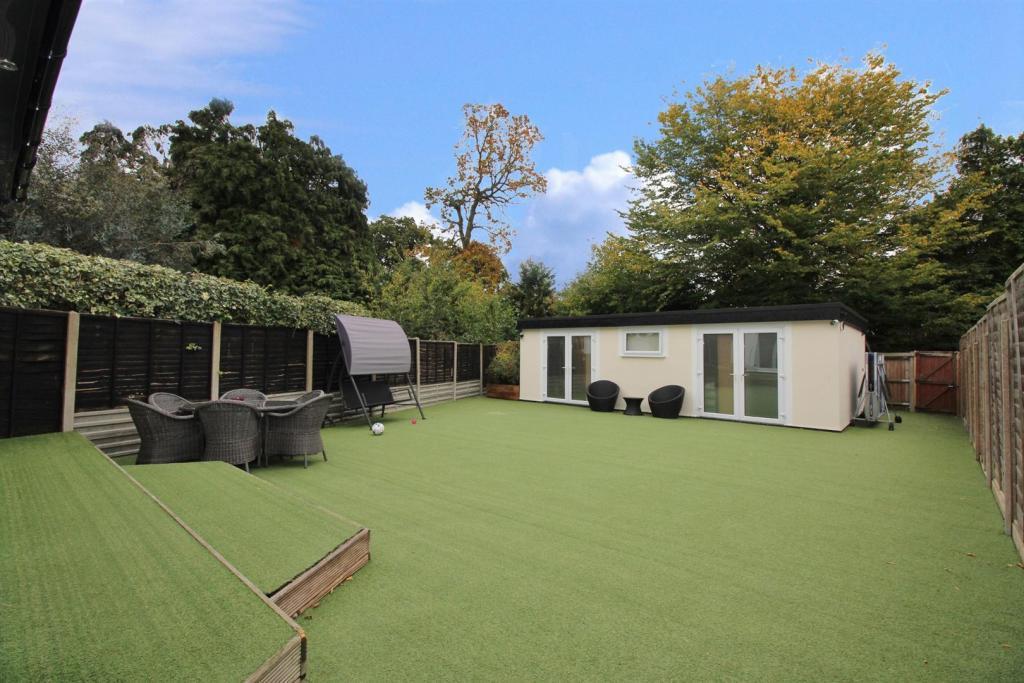Garden Office/Games