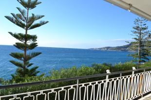Flat for sale in Liguria, Imperia...