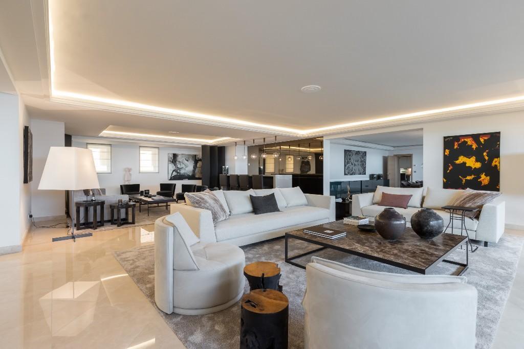 4 bed Duplex in Monaco
