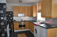 Holyrood Road semi detached house to rent
