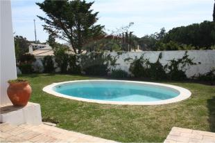 4 bedroom Villa for sale in Balaia, Algarve