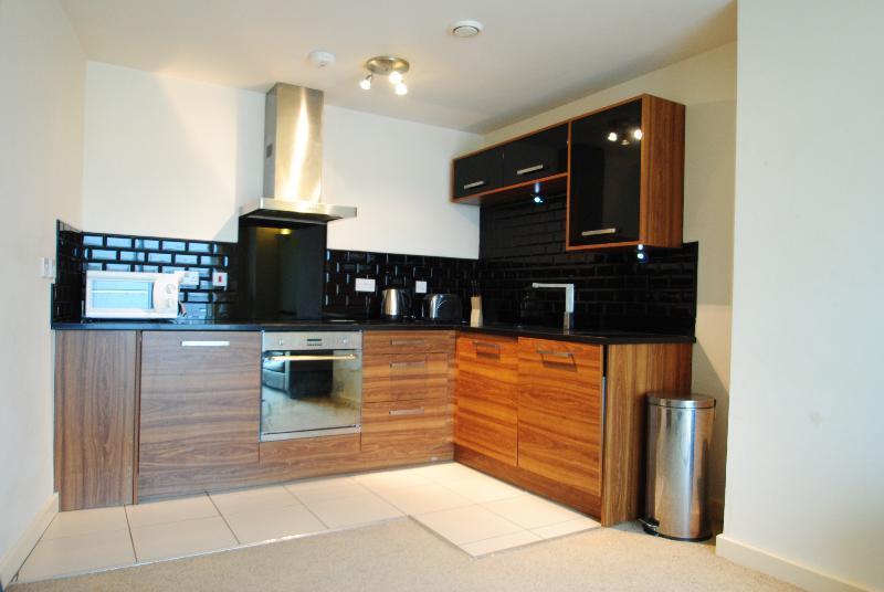 2 Bedroom Flat To Rent In The Gatehaus Leeds Road